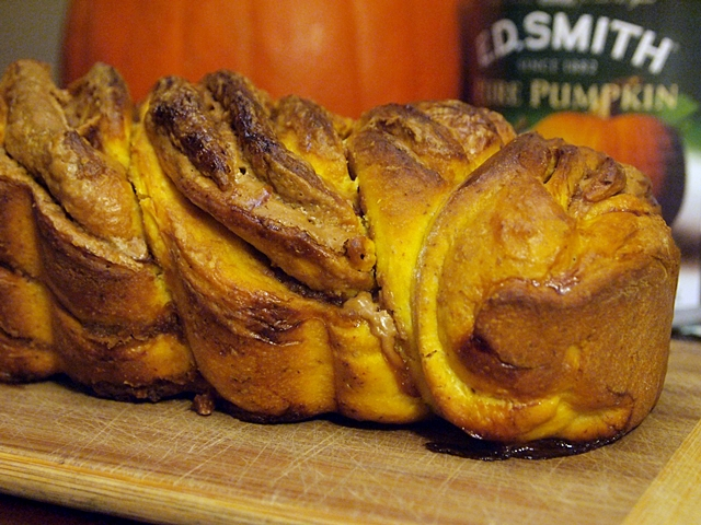 Cookie Butter Filled Pumpkin Loaf