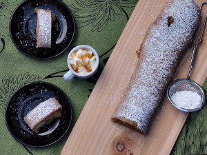 Whole Wheat Easy Apple Strudel