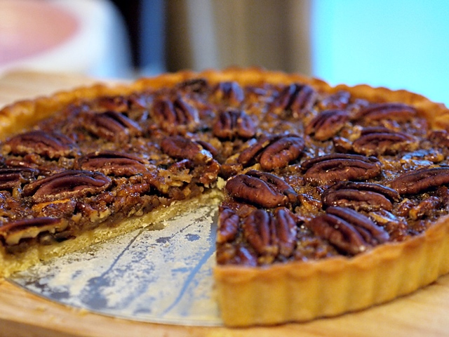Super Easy Maple Pecan Pie From Scratch – With NO Corn ...